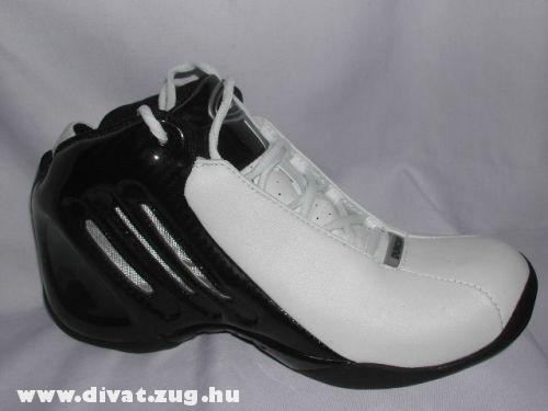 Adidas-Nike cipõ