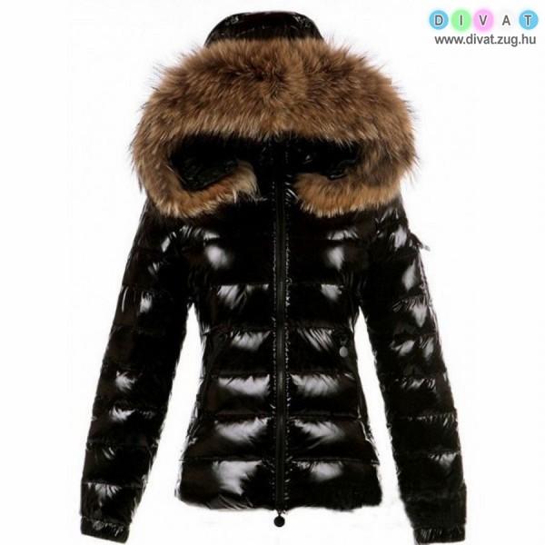 Lakkozott külsejű csinos téli kabát