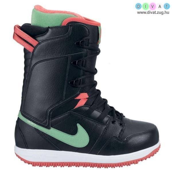 Sportos Nike csizma