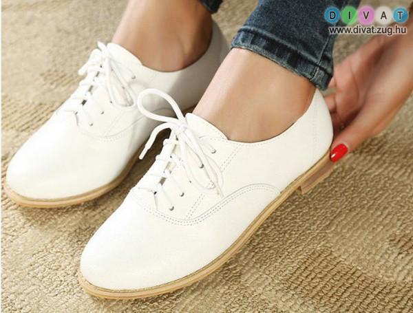 Kényelmes és csinos tavaszi cipő