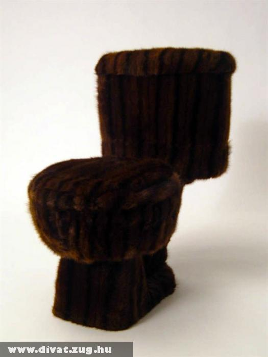 Christy Oates bútortervezõ bundával bélelt darabját nem ajánlatos eredeti céljára használni