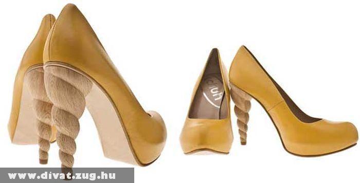 Csavart sarkú cipõ