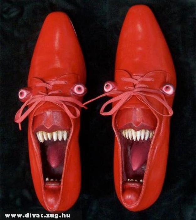 Rémisztõ cipõ