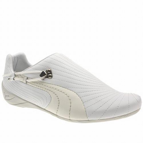 Fehér gumis Puma cipõ