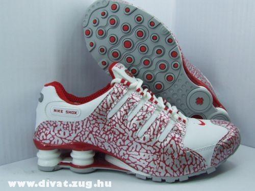 Nike Shax