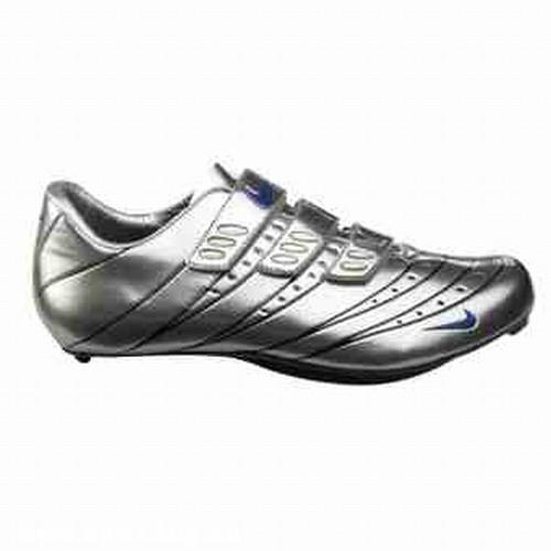 Nike Poggio 4 cipõ