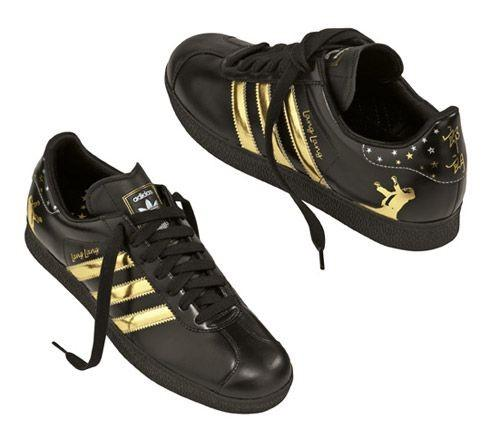 Fekete Adidas cipõ