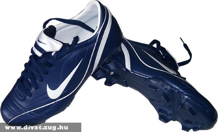 Kék Nike cipõ