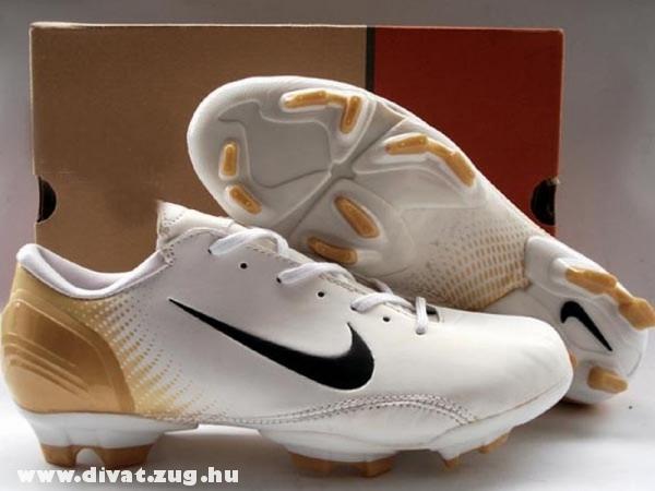 Nike focicipõ