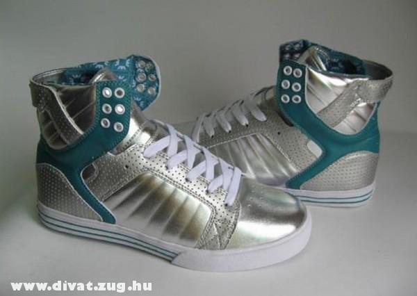 Magasszárú cipõ