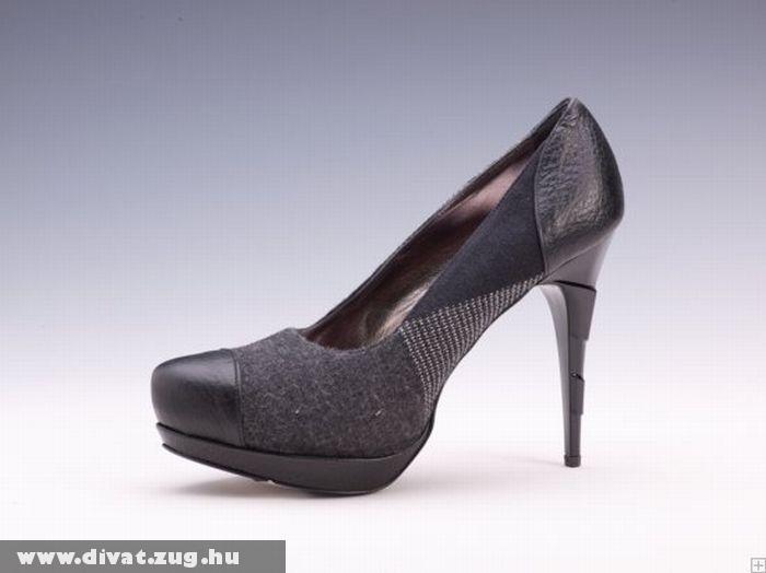 Bõr-szövet nõi cipõ Roberto Cavallitól