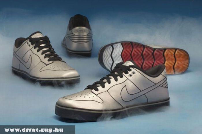 Nike DeLoeran