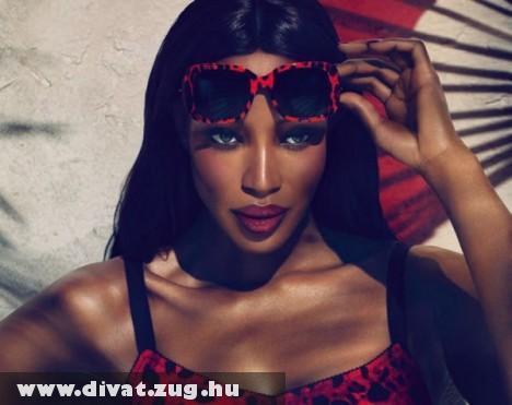 Dolce & Gabbana napszemüvegben Naomi-Campbell