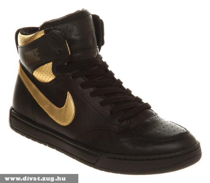 Fekete-arany Nike Air