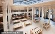 Párizs, Apple Store - Lelátás az emeletrõl